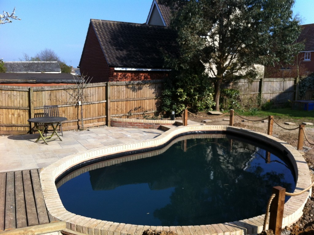 Koi pond dunmow the pond specialist for Koi pond specialist